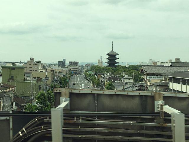 京都駅から見える五重塔